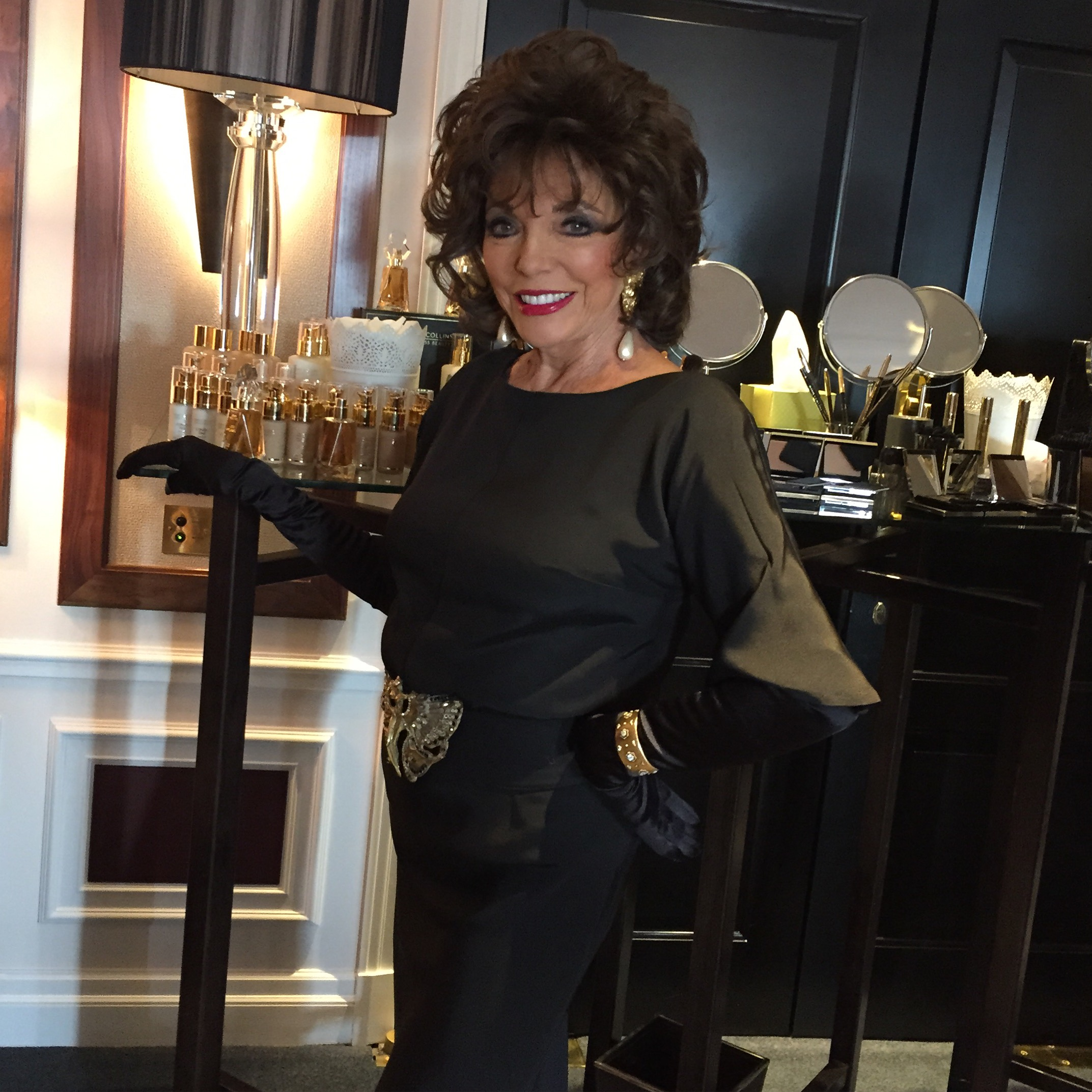 Secretstylefile Joan Joan Collins Timeless Beauty A/W launch at Claridges: Cocktails with Joan