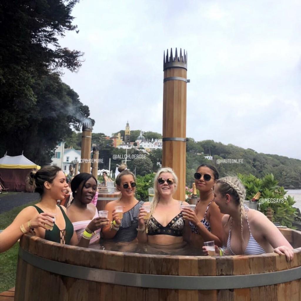 Hot tub experience at KISSxfn6